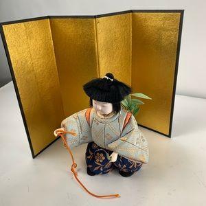 Vintage Japanese porcelain small shelf doll 7703